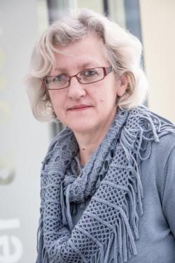 Frau  Silvia  Vollmann